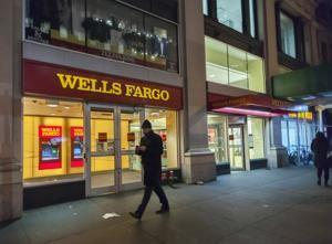 Judge OKs $480-million settlement with Wells Fargo shareholders over unauthorized-accounts scandal