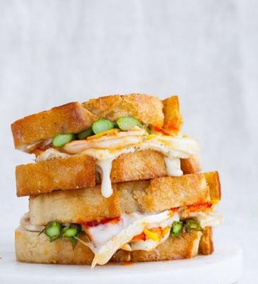 Asparagus and Lobster Grilled Cheese