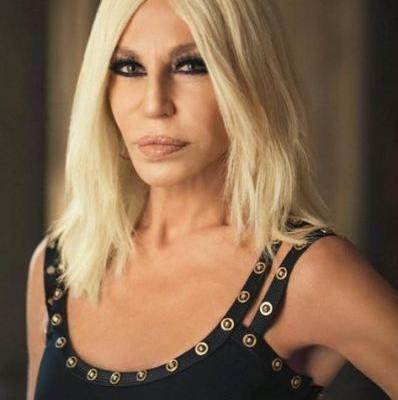 Donatella apologises to China for Versace t-shirt faux pas