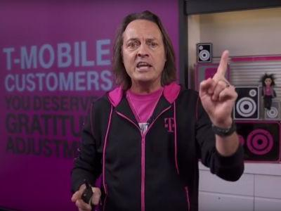 T-Mobile is trolling AT&T with a $900 deal for switchers