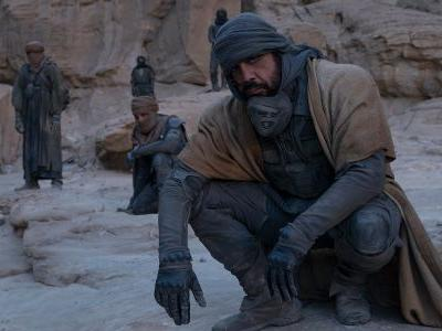 Jason Momoa, Oscar Isaac And Javier Bardem Tease The Weird Suits That Kept Them Cool Filming Dune