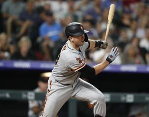 Posey's pinch-hit double lifts Giants over Rockies, 6-5