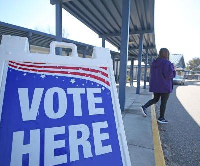 Federal judge strikes down restrictions on Florida felon voting