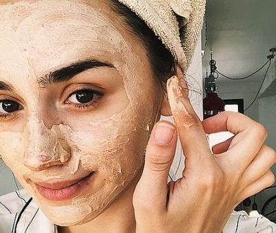 The Formulas Derms Recommend for Super Dehydrated Skin