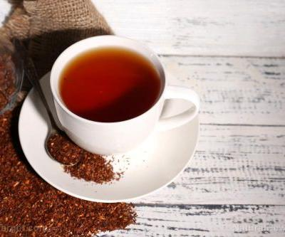Rooibos tea is a caffeine-free red tea that offers amazing health benefits