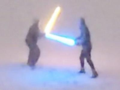 Snowy Lightsaber Battle Has Two Colorado Star Wars Fans Going Viral