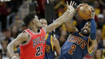 Without LeBron James, Cavaliers lose to Dwyane Wade, Bulls