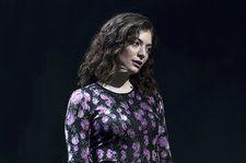 Lorde Calls Out Kanye West & Kid Cudi for Their Similar Stage Design: 'Don't Steal'