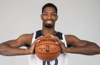 Magic sign free agent forward Amile Jefferson to two-way contract
