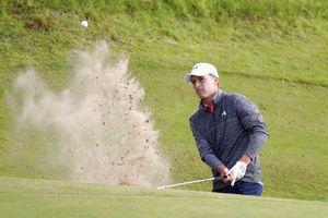 The Latest: Kuchar within one after two Spieth bogeys