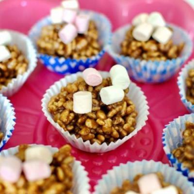 No-Bake Chocolate Krispie Cupcakes