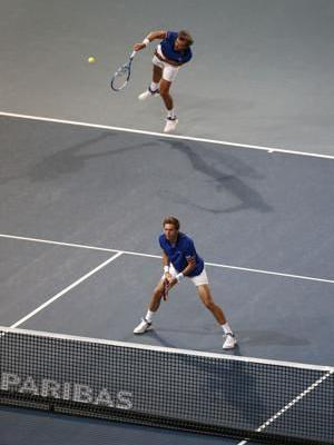 Defending champion France advances to Davis Cup final