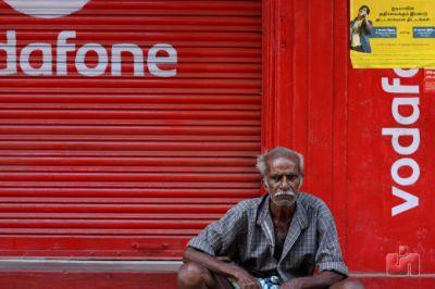 Vodafone is in talks to merge with Idea and create India's largest telco