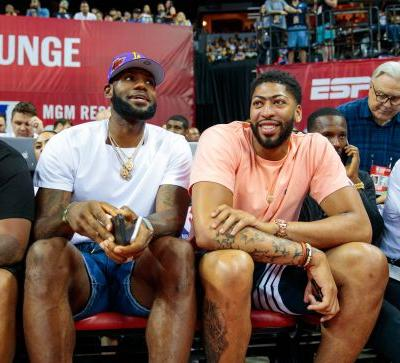 'I'm a grown man': Lakers star Anthony Davis has no regrets about trade request