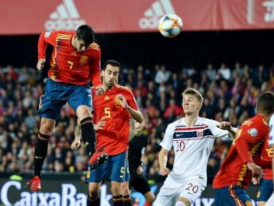 Luis Enrique defends Morata after Norway misses