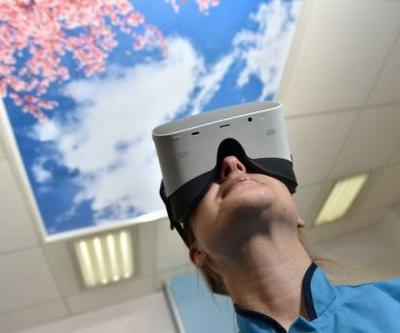 Women in labour are using VR headsets to distract them from the pain