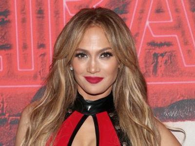 Jennifer Lopez Has a Makeup Collection Coming and We Can't Wait