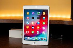 Deal: Save $200 on the Apple iPad Mini at Best Buy