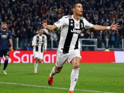 Ronaldo scores first Champions League goal for Juventus with stunner against Man Utd