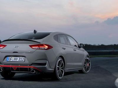 The New Hyundai i30 N Fastback Is A 271bhp Hot Hatch With A Curvaceous Butt