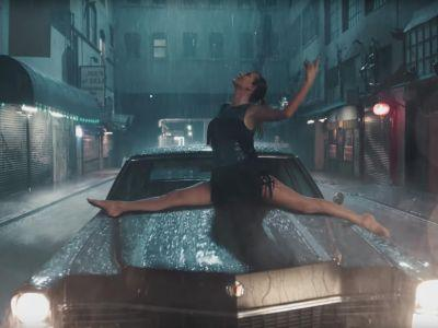 """We Need to Discuss Taylor Swift's Epic Split During Her """"Delicate"""" Music Video"""