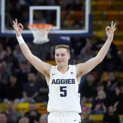Porter's 3 with 1.8 left gives Utah State win over Lobos