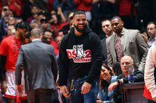 Drake Trolls Golden State Warriors by Wearing Dell Curry Raptors Jersey at NBA Finals Game 1