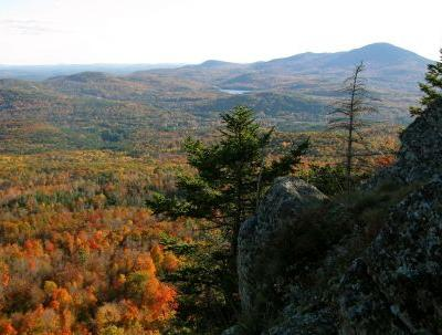 Crews helped injured Mass. hiker down New England mountain