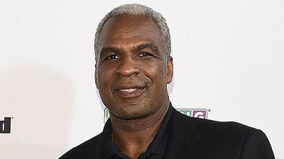 Charles Oakley says 'control freak' James Dolan is on same level as Donald Sterling