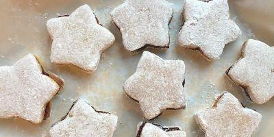 Perfect Wine Pairings for 5 Gluten-Free Christmas Cookie Recipes