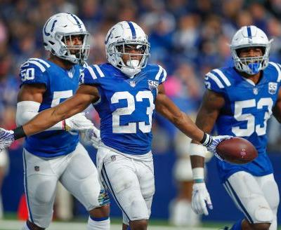 Colts send a message in extending CB Kenny Moore