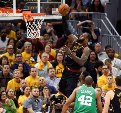LeBron James, Cavaliers destroy Celtics in Game 3 of Eastern Conference finals