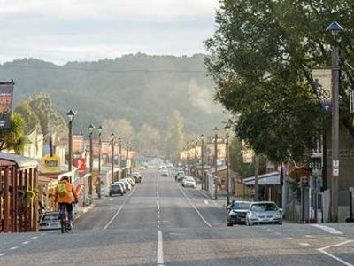 Be in to win a weekend for two in Reefton with two nights' lodging, dinner, and backyard tour, valued at $1075