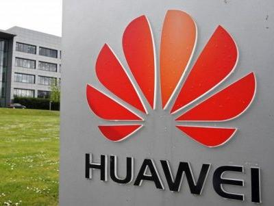Google removes Huawei smartphones from its Android website