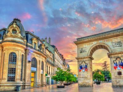 7 Cities to See in France Beyond Paris
