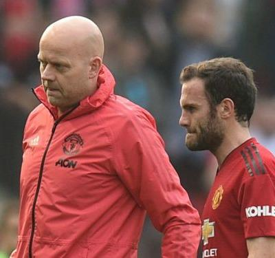 Mata made injury worse chasing Salah but hopes Man Utd won't be without him for long