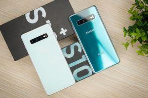 Samsung uses green packaging for the Galaxy S10 line