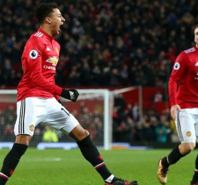Manchester United 2 Burnley 2: Lingard double rescues Mourinho's men