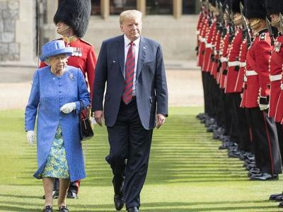 Queen Elizabeth May Have Subtly Slammed Donald Trump With Her Brooch During Their Visit