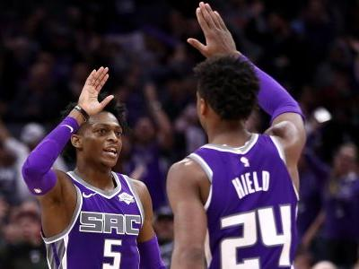 Kings blow 28-point lead vs. Nets, continue march toward tough summer