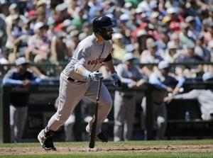 Red Sox hit three homers to rout Mariners 9-3