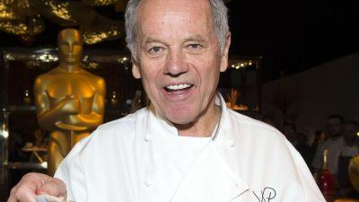 Wolfgang Puck Knows How to Impress a Room Full of Spoiled Hollywood People