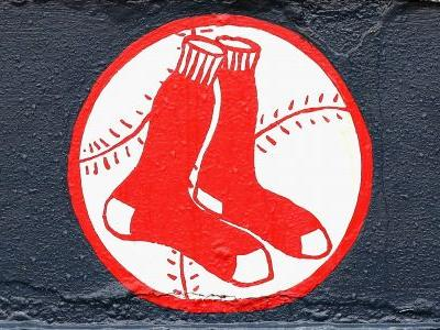 Red Sox escape major punishment for stealing signals