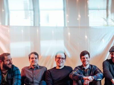 First Listen: Restorations, 'LP5000'