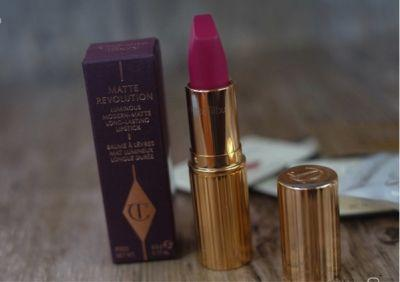 Charlotte Tilbury The Queen Lipstick Review and Swatches