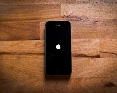 Apple responds to iPhone battery locking claims