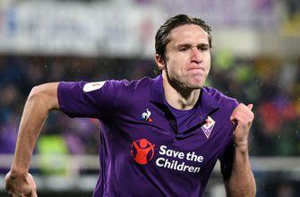 Chiesa nets hat trick as Fiorentina routs Roma 7-1 in cup