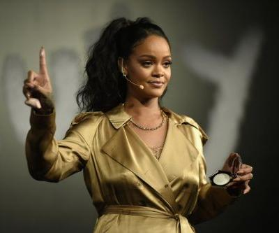 Rihanna Reportedly Declined Super Bowl Halftime Show Offer in Support of Colin Kaepernick