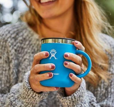 The makers of this $30 insulated mug don't want you to choke down a lukewarm cup of coffee ever again