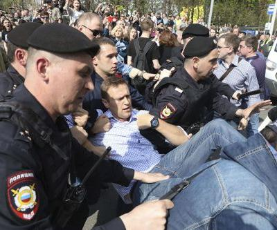 Russian opposition leader detained at Moscow protest